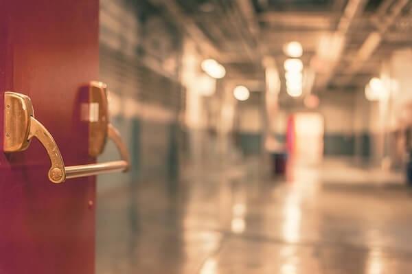 Visuel L'hôpital en danger grave et imminent : Génération·s tire la sonnette d'alarme !